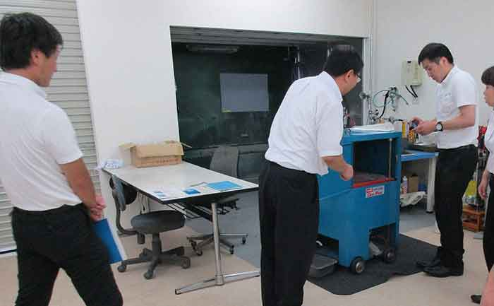 株式会社明治機械製作所の商品デモ